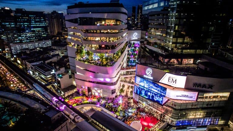 Why 'Phrom Phong' become expats-favored neighborhood?